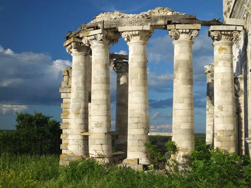От Высоких Полян до Погоста, Преображенский храм