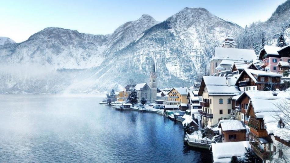 Красивые зимние деревни и городки