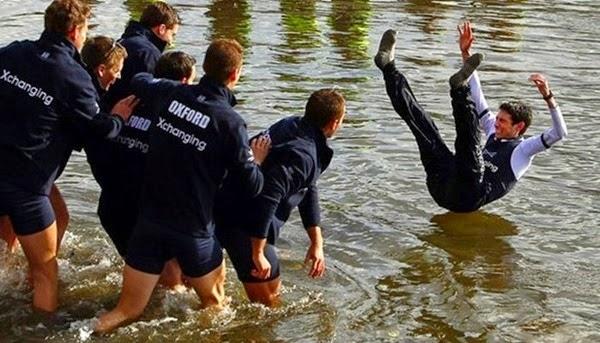 Радостные фотографии прыгающих людей и животных 0 130930 8d4f092e orig