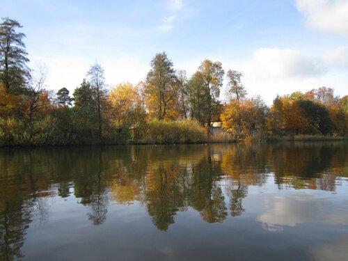 Золотая осень под парусами