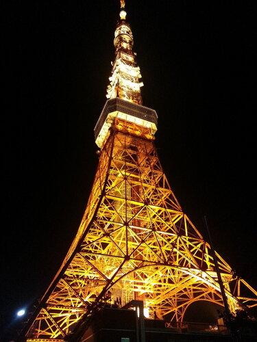 Первая токийская башня была спроектирована по мотивам Эйфелевой