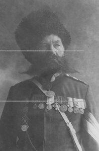Портрет урядника сверхсрочной службы Лейб-гвардии казачего полка.