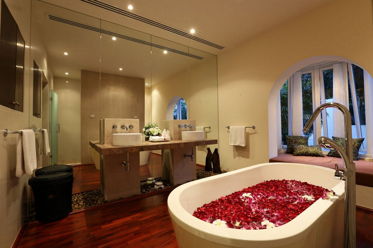 Аренда виллы в Таиланде, Villa Amanzi, аренда виллы на Пхукете, вилла с бассейном, дом с видом на океан, вилла для отдыха с семьей, элитная недвижимость