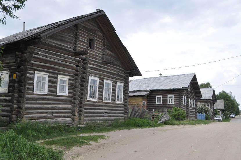 Нюксеница. Улица Первомайская.jpg