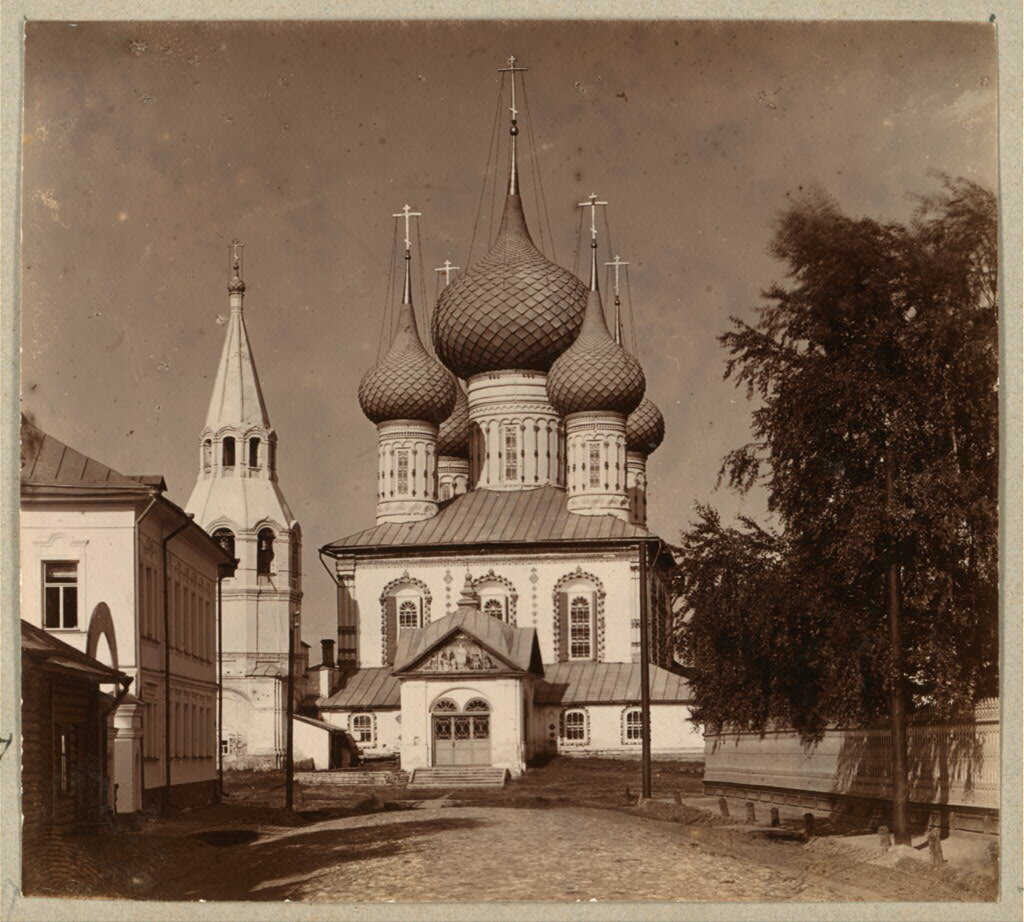 Петропавловская церковь. Вид с Петропавловской улицы. Ярославль. 1910