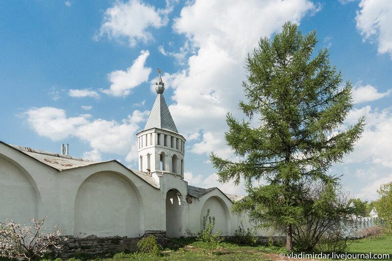 Весна в Николо-Угрешском монастыре
