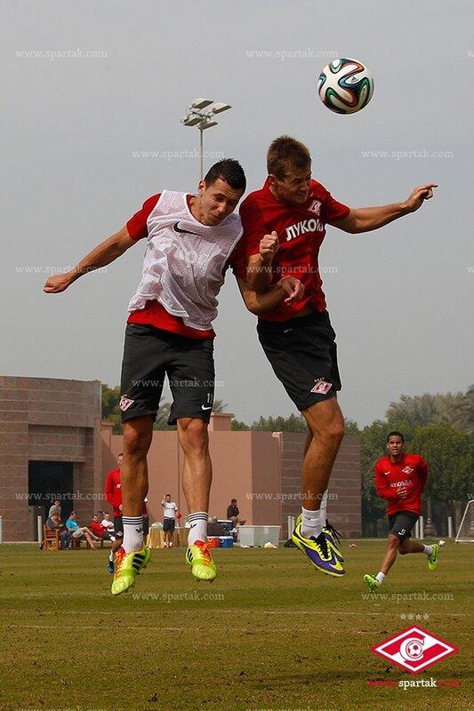 «Спартак» тренируется в Абу-Даби (Фото)
