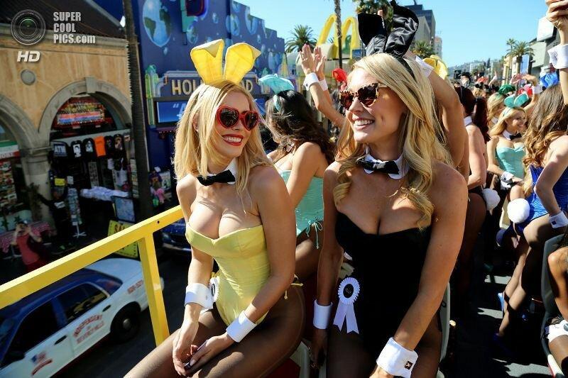 Парад «кроликов» в честь 60-летия Playboy (20 фото)