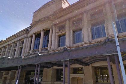 В австралийский суд подали заявление о лужице рвоты возле казино