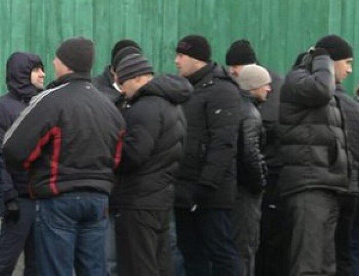 В здании Запорожской облгосадминистрации сотни титушек