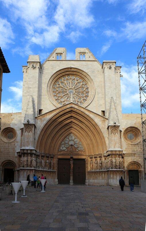 Таррагона Соборная площадь.  Tarragona. Pla de la Seu