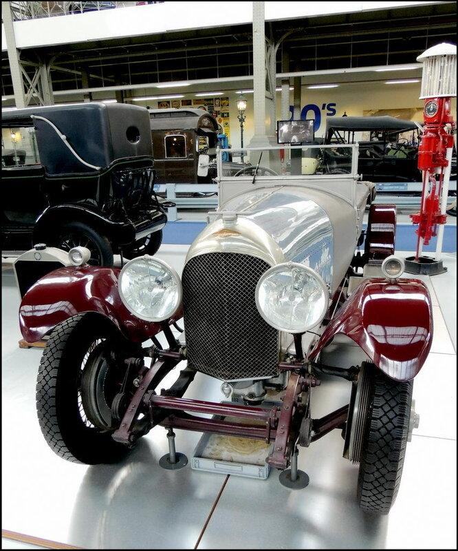Autoworld 8041 Bently 1928
