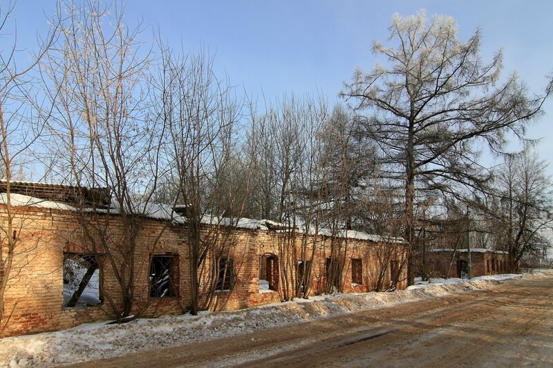 Два усадебных корпуса для дворни
