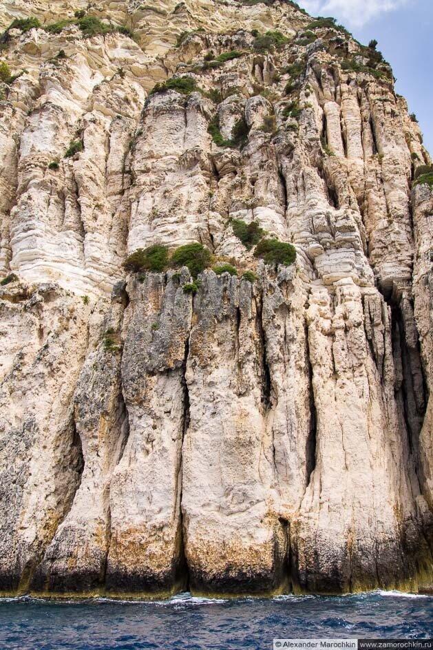 Сотров Паксос, меловые скалы