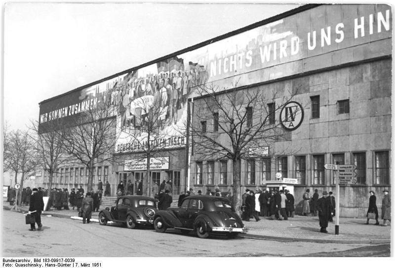 Leipzig, Frьhjahrsmesse, Halle 4