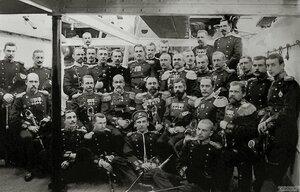 Офицеры эскадренного броненосца «Князь Суворов», 190