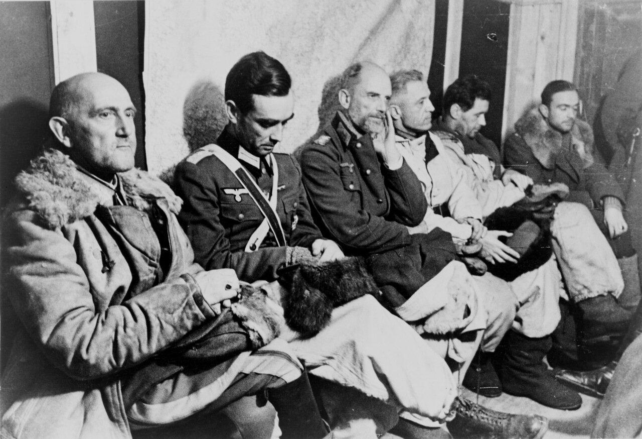 1943. Сталинград, пленные немецкие офицеры