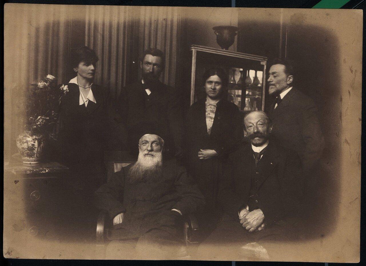 Огюст Роден, Леон Бенедит и Генриетта Кольтат в поместье «Вилла Брийан»