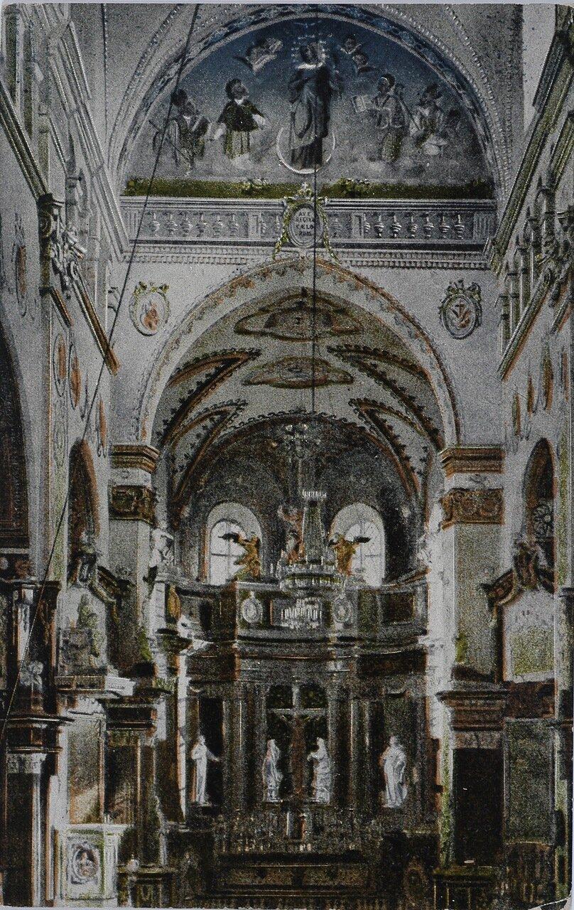 Интерьер церкви бернардинцев