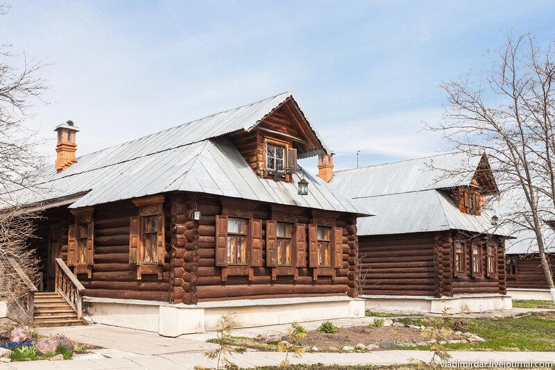 Кельи инокинь. Свято-Покровский монастырь в Суздале.
