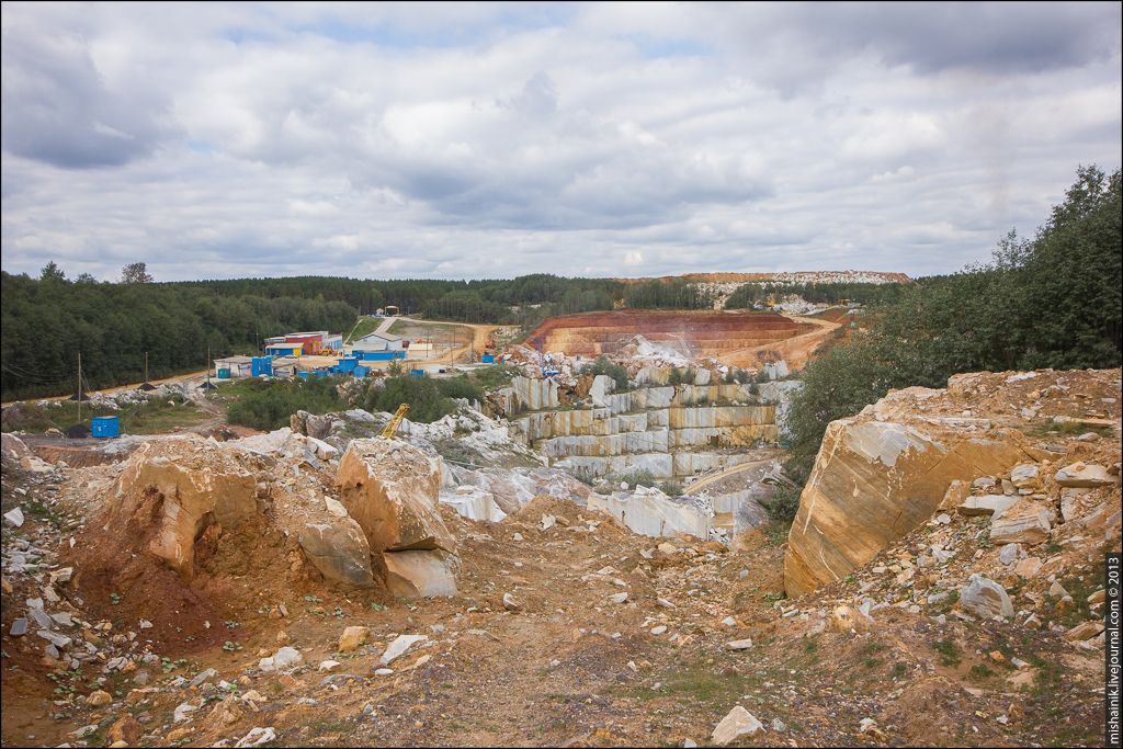 Октябрьский мраморный карьер (Нижне-Шелеинский железный рудник)