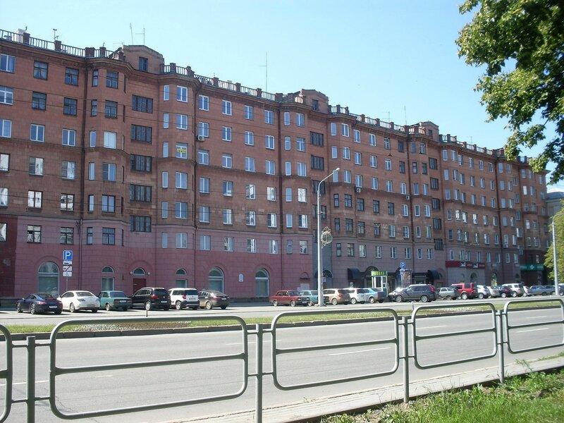 Челябинск. На проспекте Ленина.