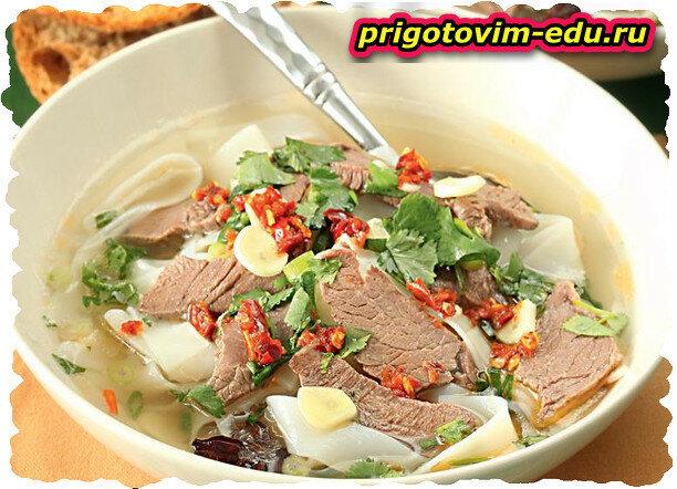 Сулу хингал (суп с домашней лапшой)