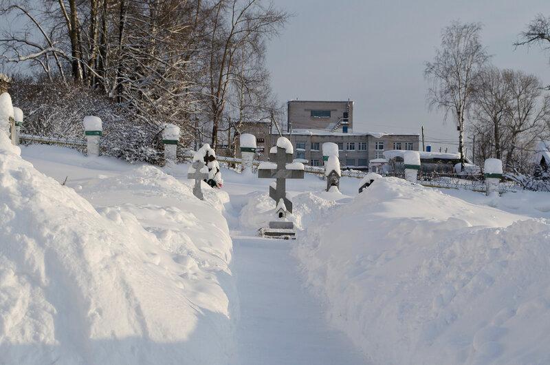 У храма в селе Городище...