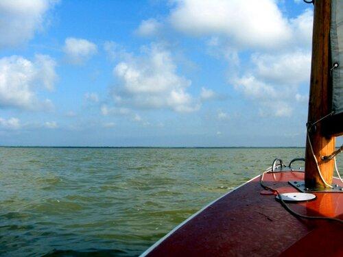В походе, лето, яхта