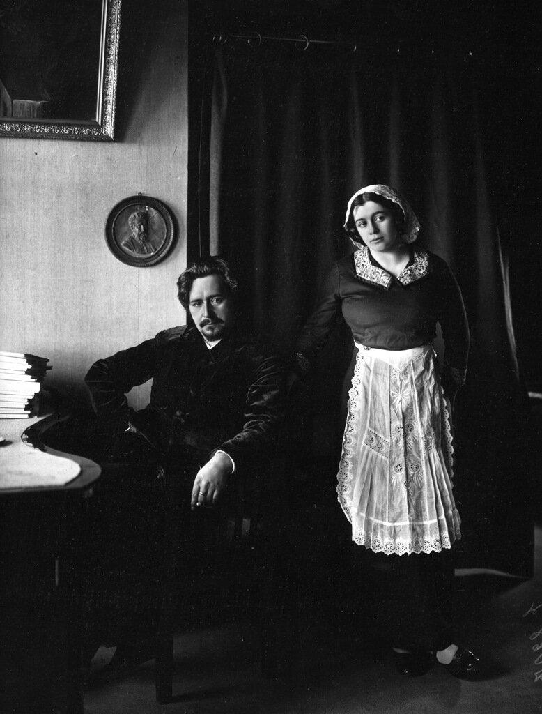 Леонид Андреев с женой Анной Ильиничной. 1912 г. Райвола.