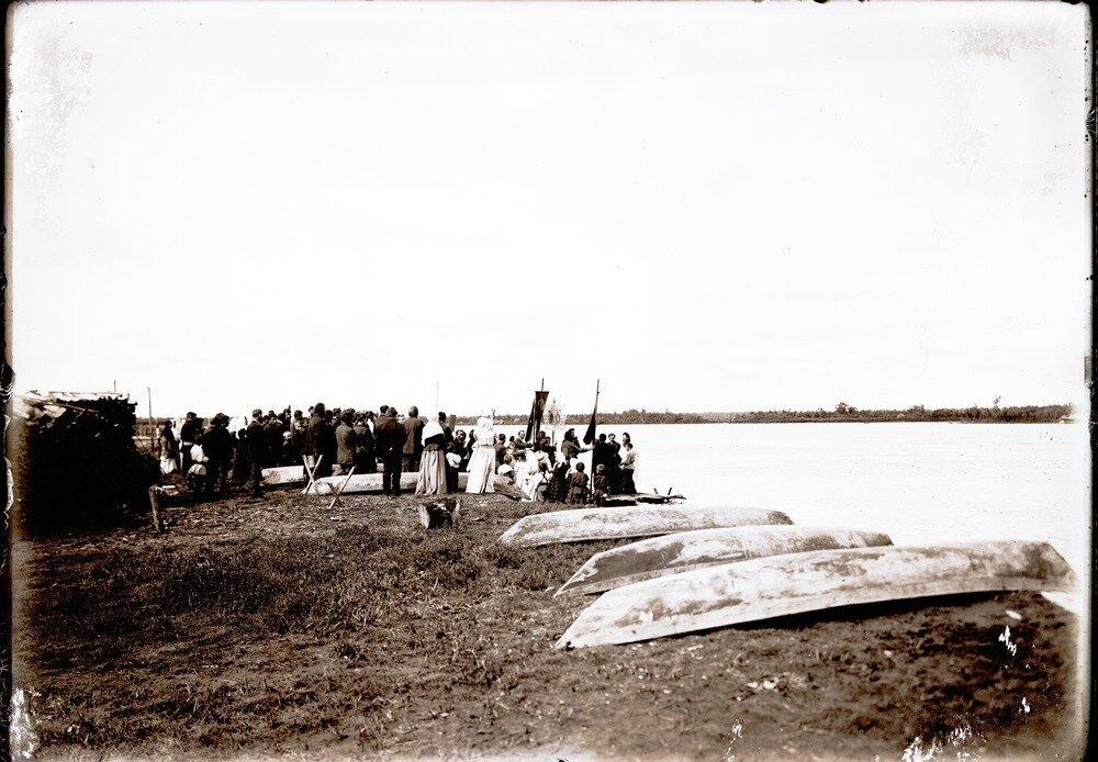 Село Болчаровское.  Хождение на воду в Спасов день