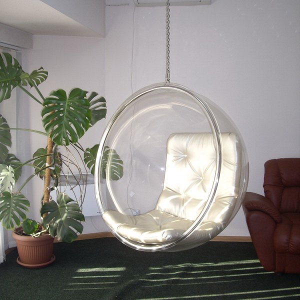 Кресло-шар (Bubble Chair) от Ээро Аарнио