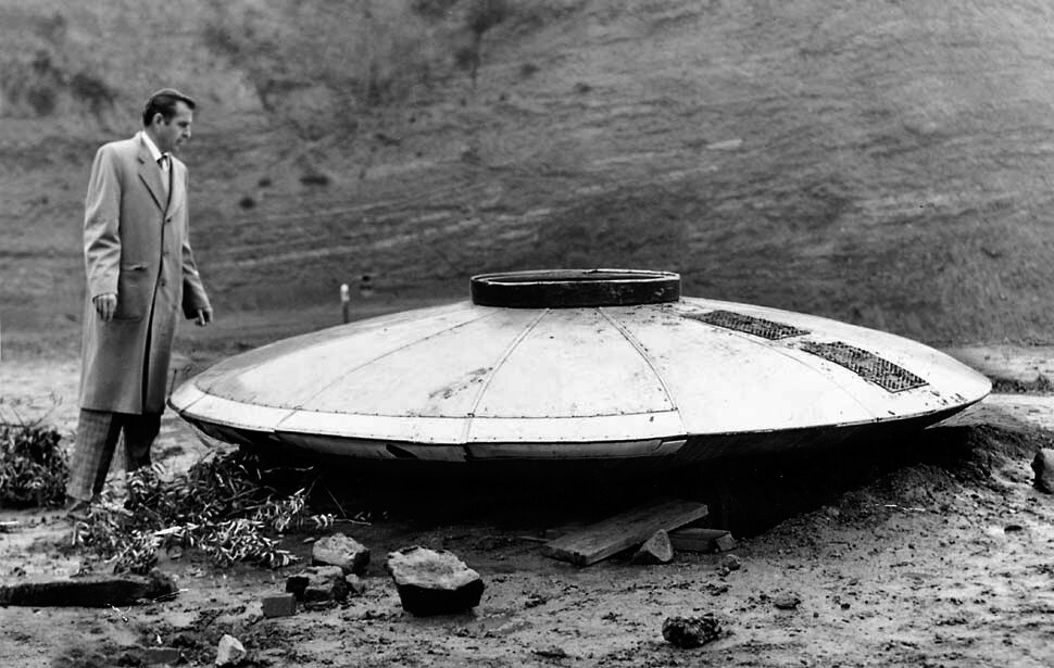 1957 file photo of a supposed flying saucer found in the Hollywood hills by importer Robert Balzer