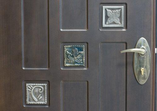 Выбор надежной входной двери