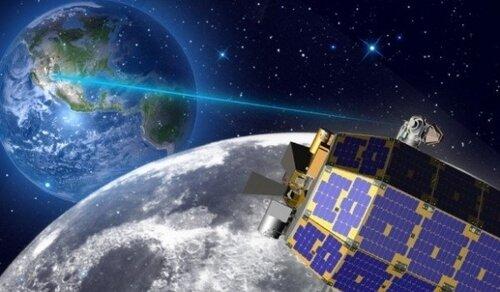 На Луне появятся солнечные электростанции