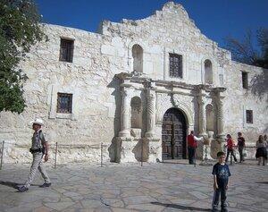 Символ Сан Антонио - крепость Аламо
