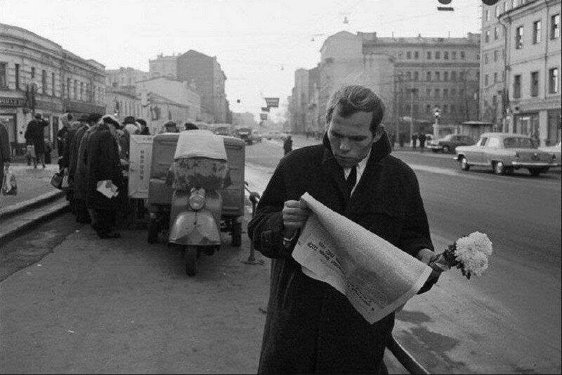23745 Каляевская улица Bruno Barbey 1967.jpg