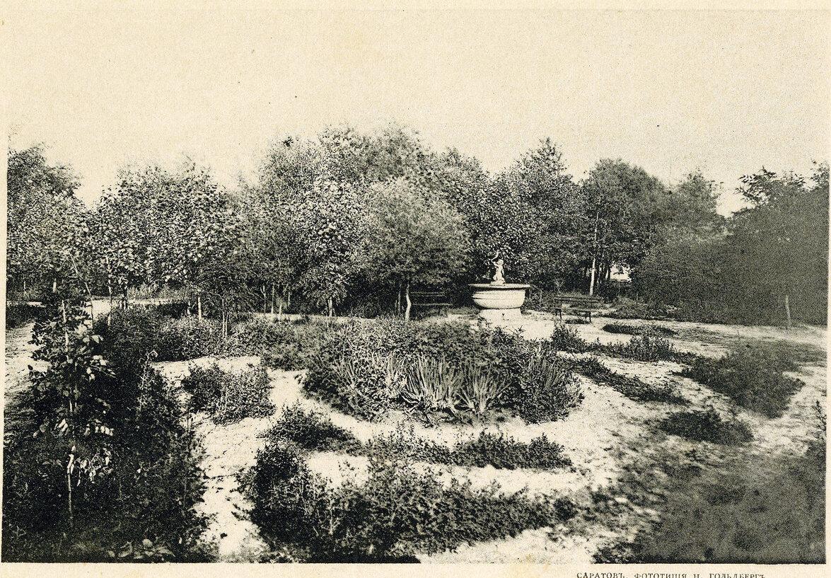 Старый фонтан в Липках