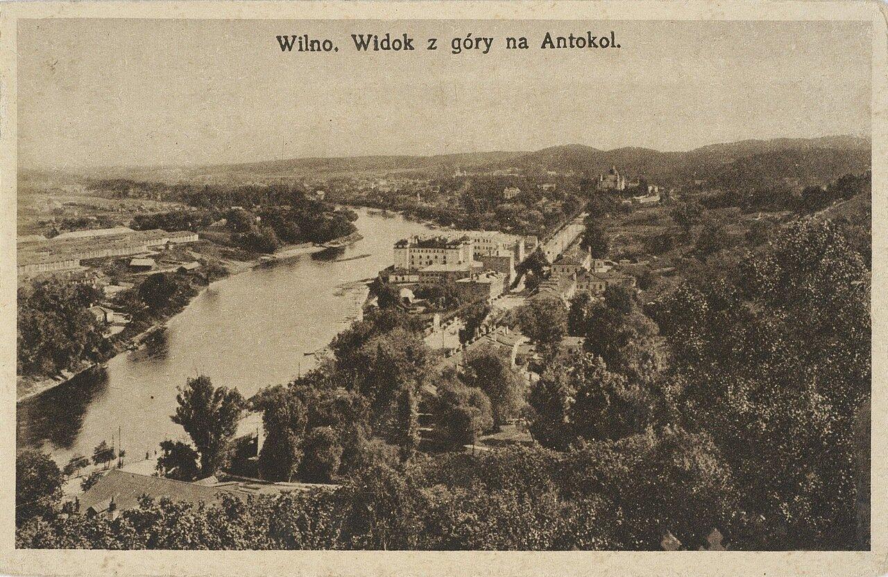 Вид с горы на Антоколе