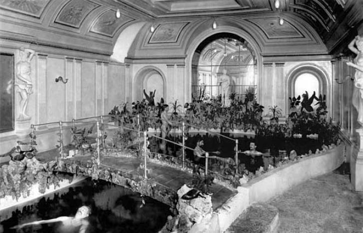 Смотреть кино вся семья моется в бане фото 150-82