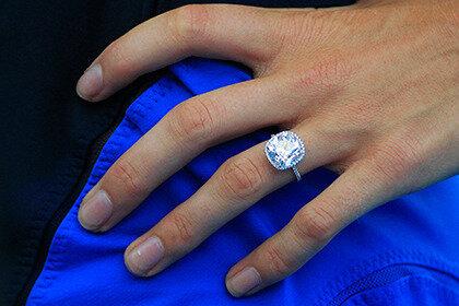 Несостоявшийся жених принял решение вернуть через суд кольцо подаренное подруге