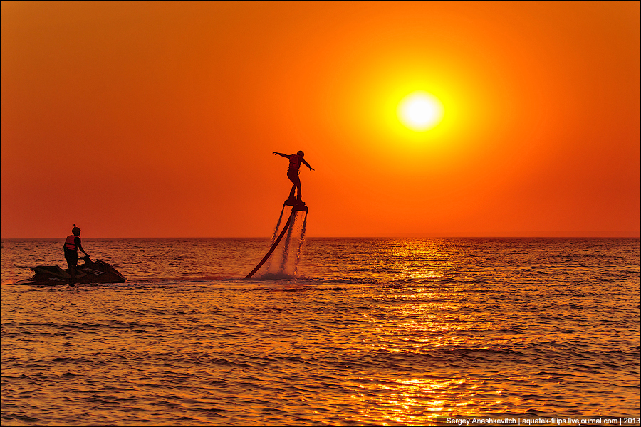 Закатны танцы на воде