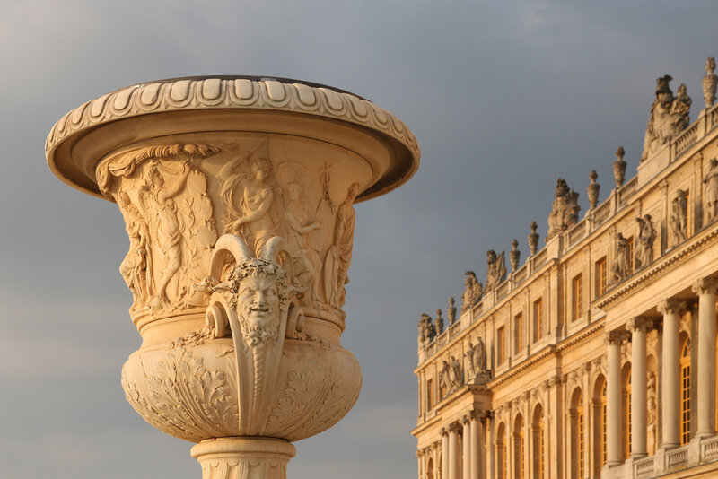 Versailles - garden vase and west facade