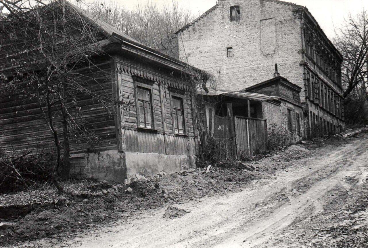 Ул. смирнова Ласточкина в 1981 году. (Вид с Подола.).