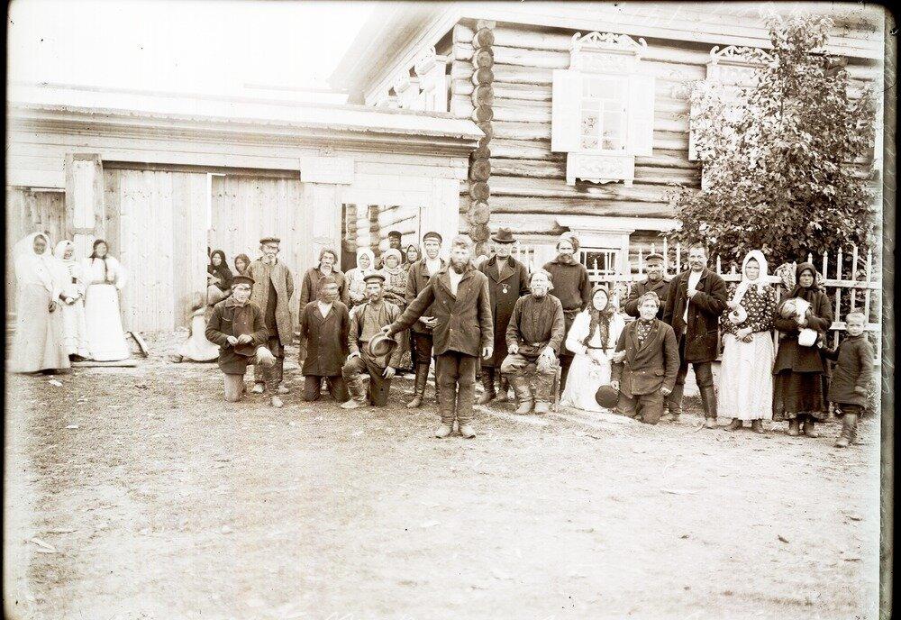 1912. Село Уват. Остяки