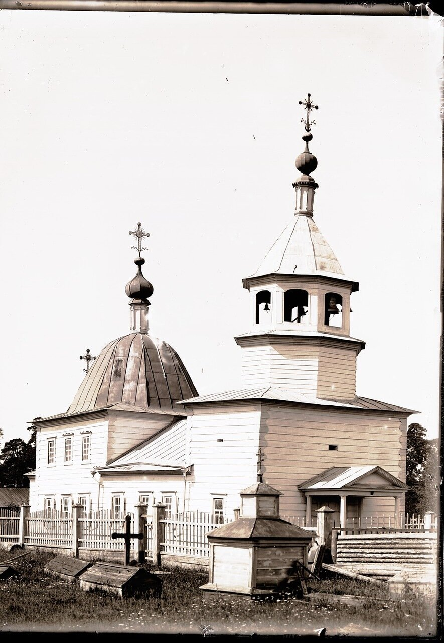 Село Накрачинское. Церковь