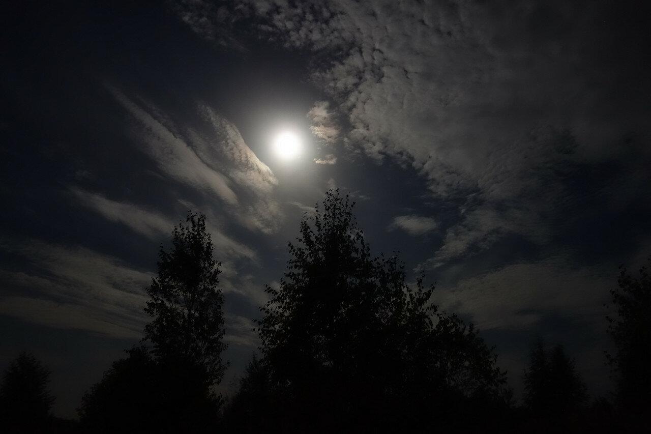 за 6 часов до лунного затмения