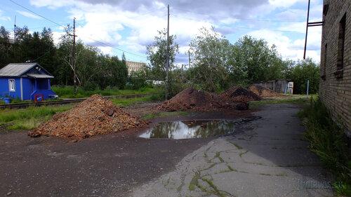 Фото города Инта №5102  Железная дорога между Дзержинского 4 и Промышленной 24 14.07.2013_13:34