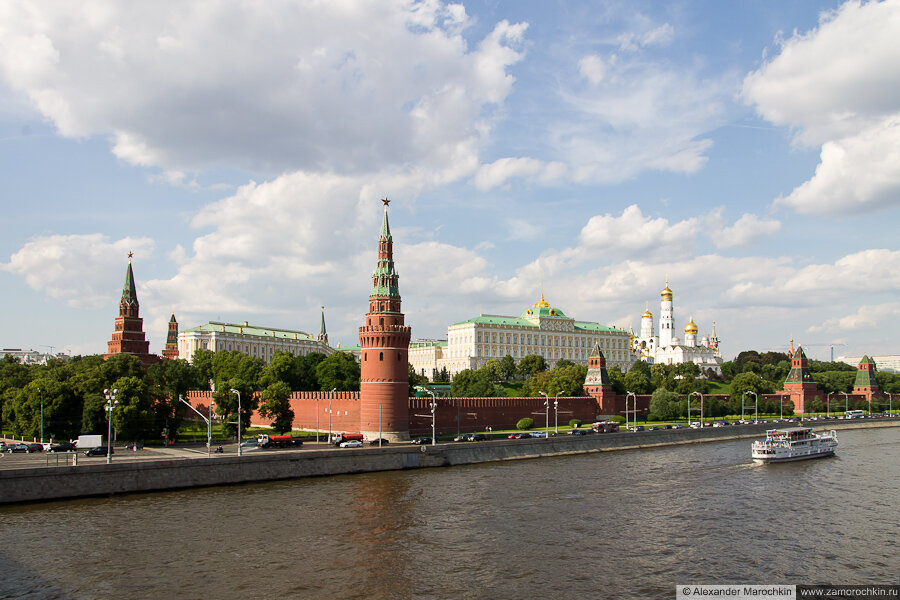 Вид на Кремль с Большого Каменного моста