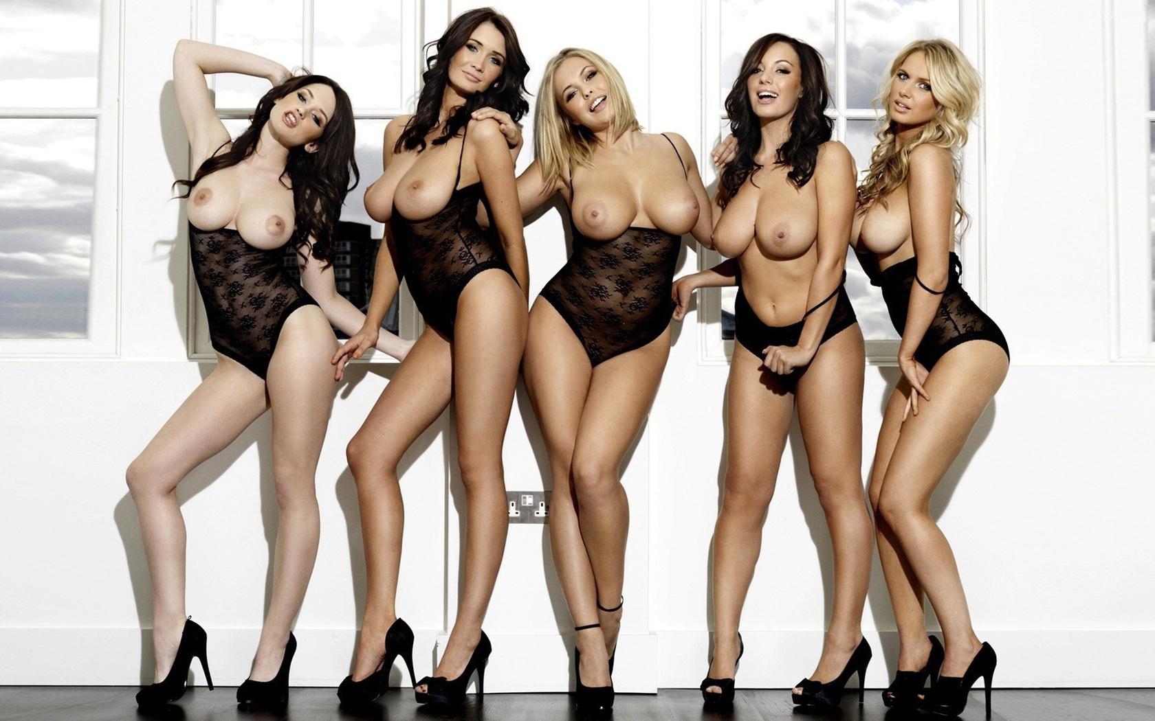 Много женских сисек — 7